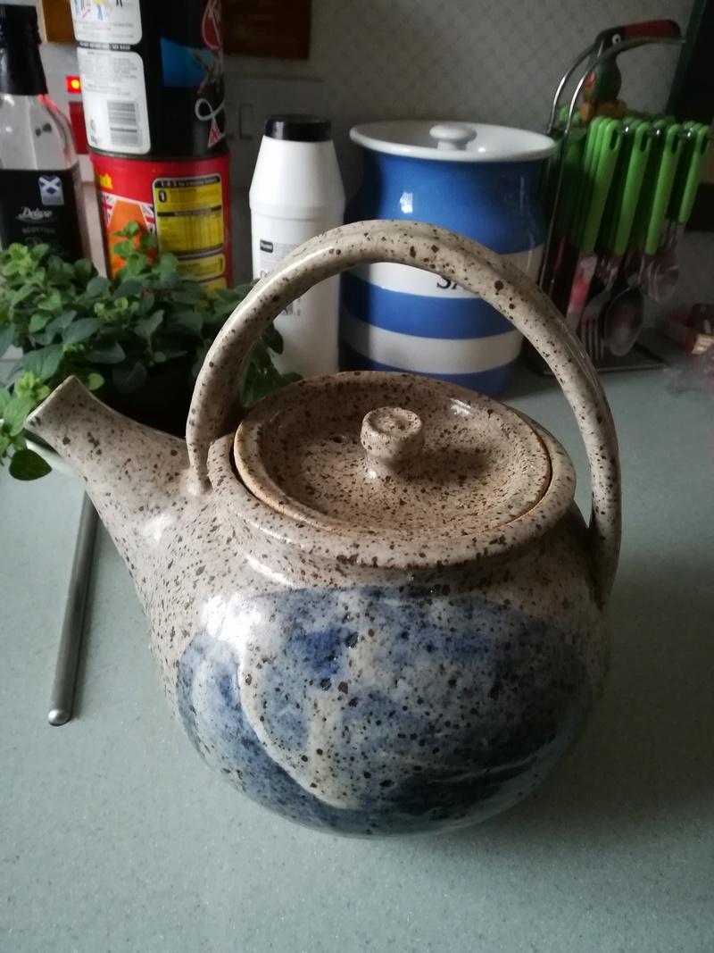 Stoneware teapot Murray12