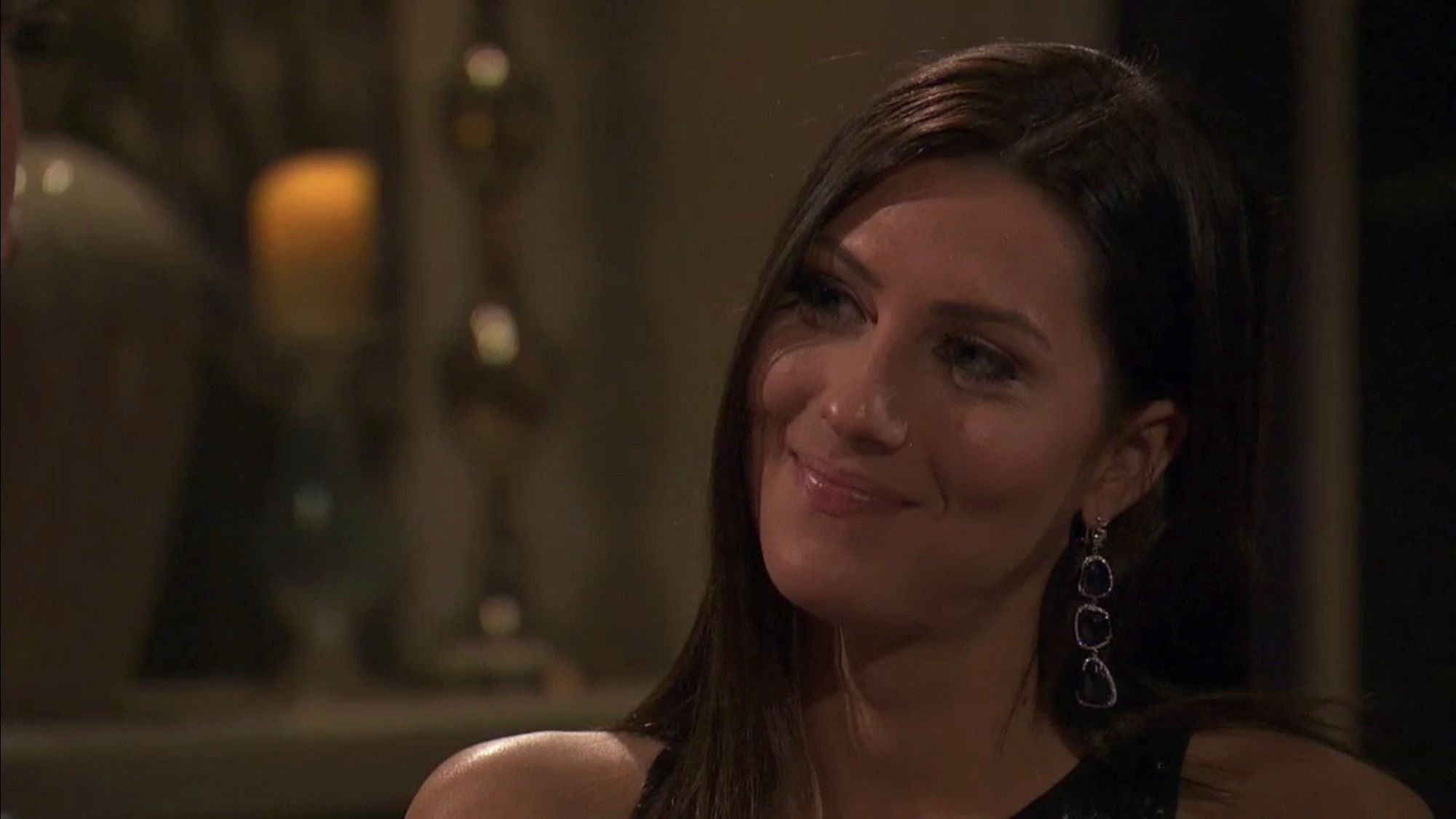 Bachelorette 14 - Becca Kufrin - ScreenCaps - NO Discussion - *Sleuthing Spoilers* 2c5b5710