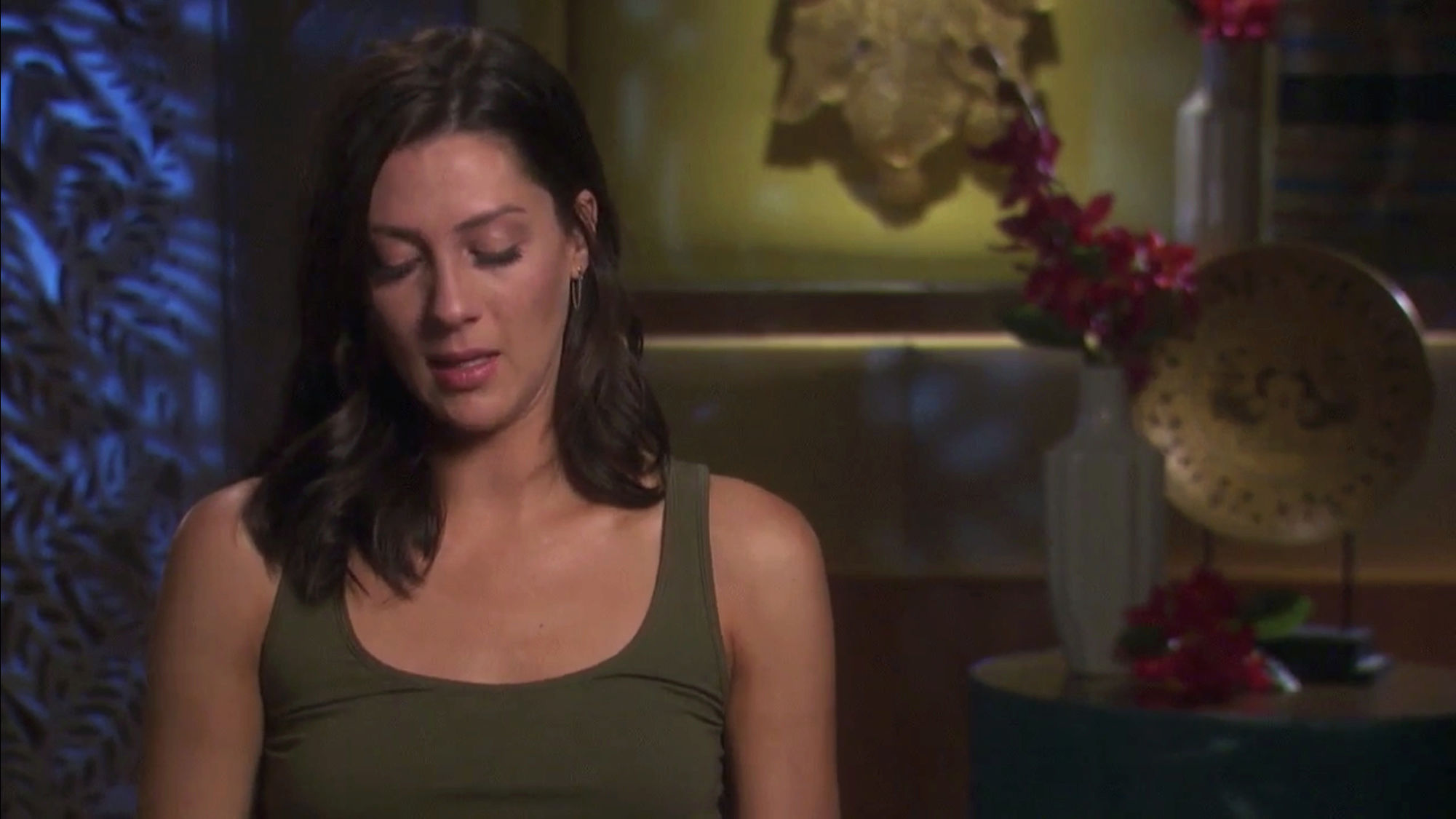 Bachelorette 14 - Becca Kufrin - ScreenCaps - NO Discussion - *Sleuthing Spoilers* 69f6d110