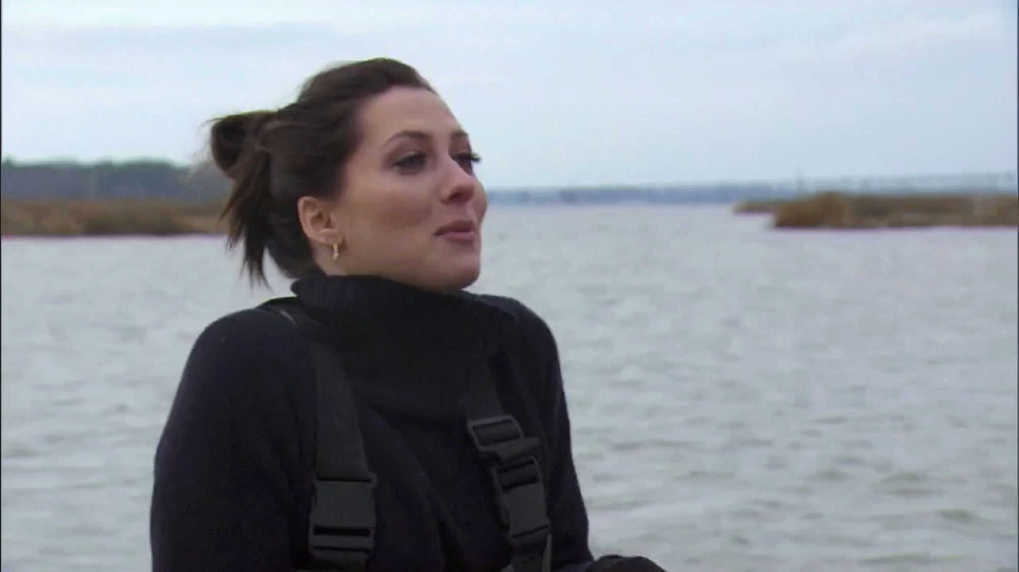 Bachelorette 14 - Becca Kufrin - ScreenCaps - NO Discussion - *Sleuthing Spoilers* 9fc82b10