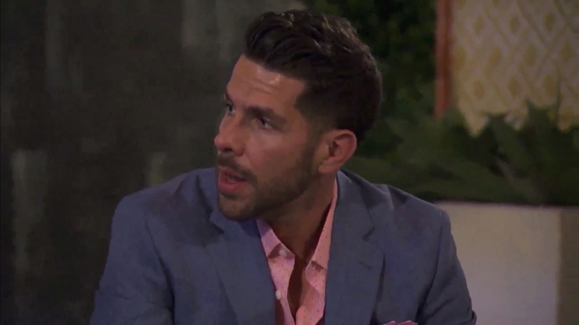Bachelorette 14 - Becca Kufrin - ScreenCaps - NO Discussion - *Sleuthing Spoilers* A446fc10