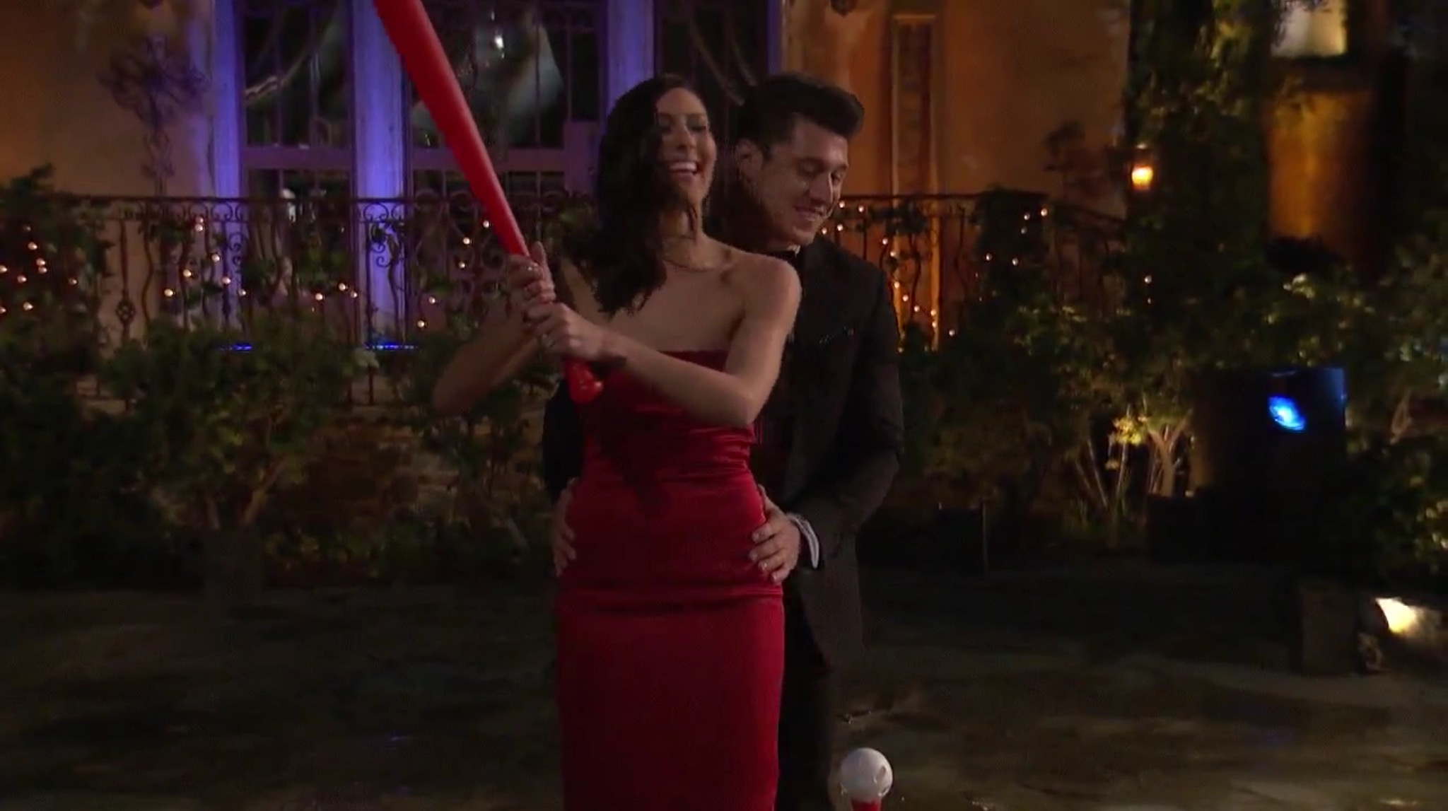 Bachelorette 14 - Becca Kufrin - ScreenCaps - NO Discussion - *Sleuthing Spoilers* Image298