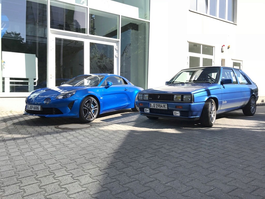 Renault 11 1.8 16v TURBO - Berlin tuning style - Page 3 Alpine10