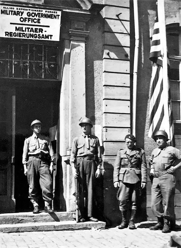 Grades soldats (Français et US) 27973010