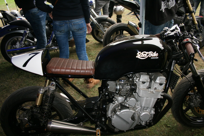 BOURSE PIECES MOTO CADAUJAC 28 OCTOBRE Img_2573