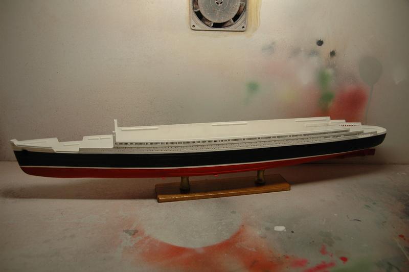 Queen Mary I (1/570) REVELL Dsc_7524