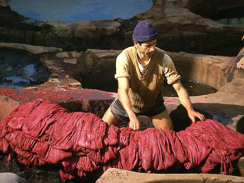 Tanneries Chouara, Quartier des Tanneurs dans la  médina de Fès au Maroc. 9499610