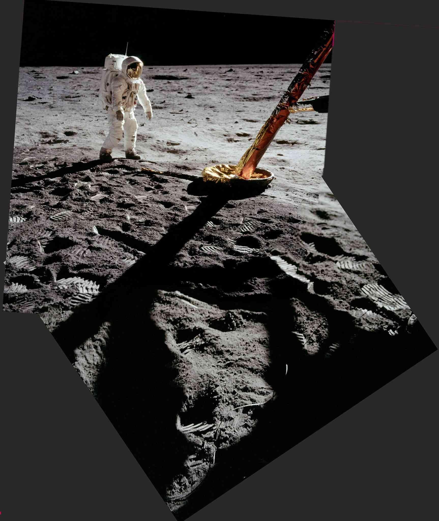"""Apollo 11 - """"Un Petit Pas""""  dans une grande bibliothèque d'images !! A11pan11"""