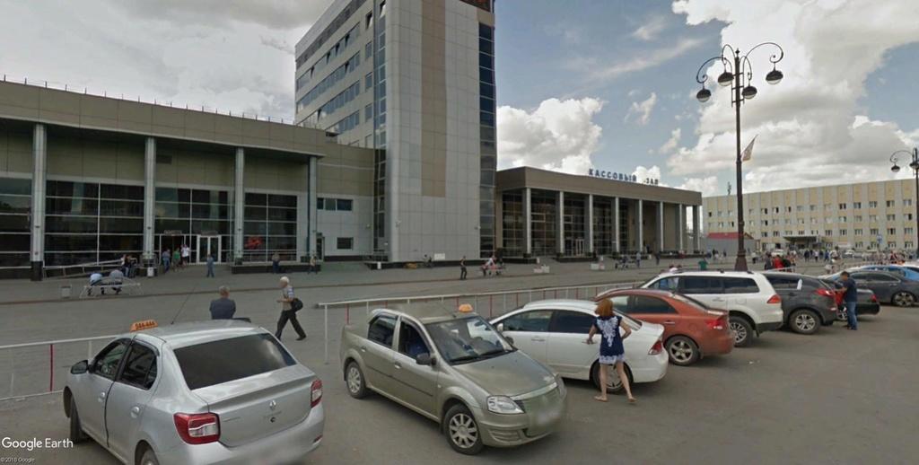 Tioumen, la première ville russe de Sibérie, bâtie en 1589 !! !! Gare_d11