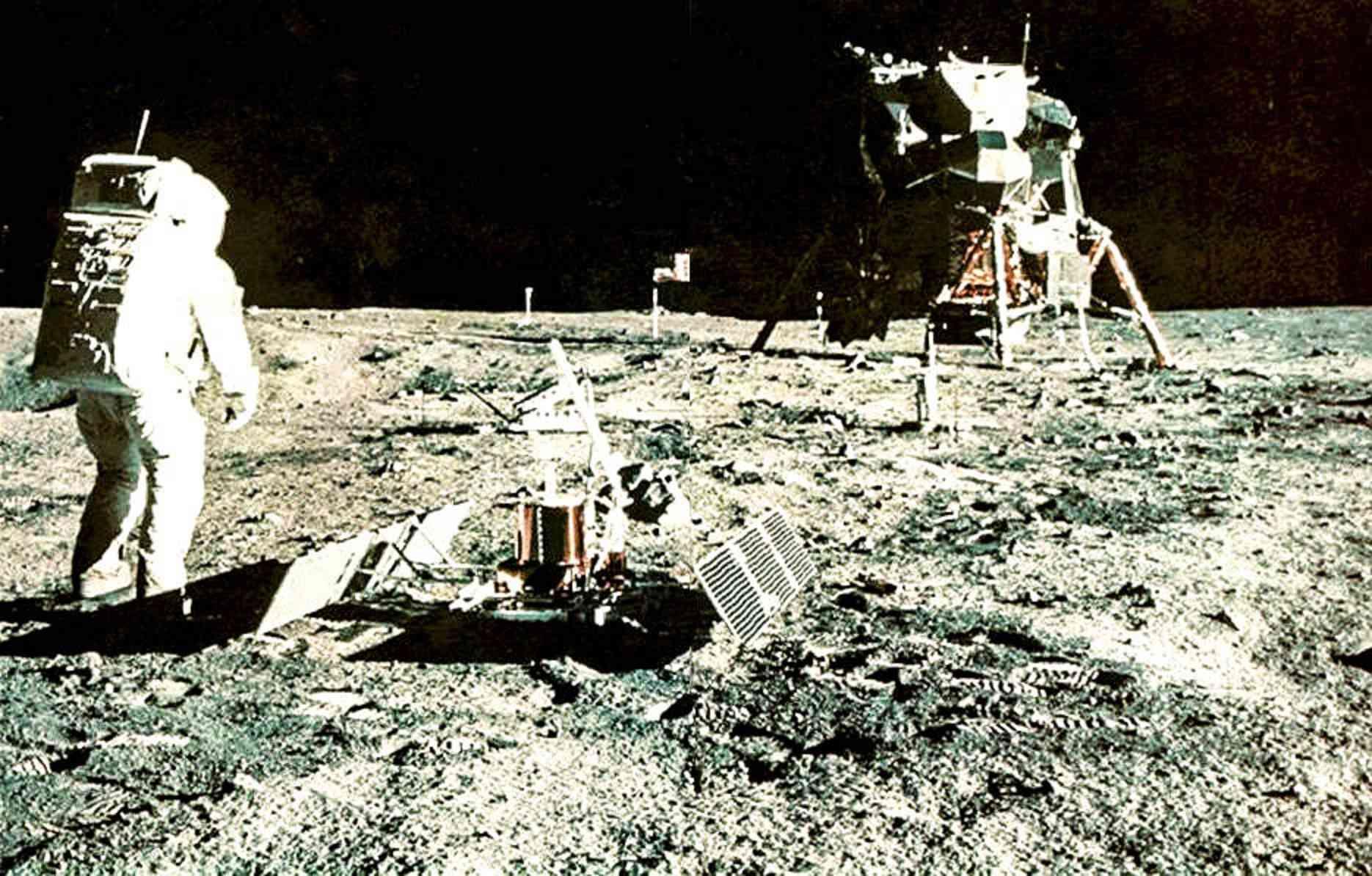 Apollo 11 vu par google earth - Page 2 Pse_1111