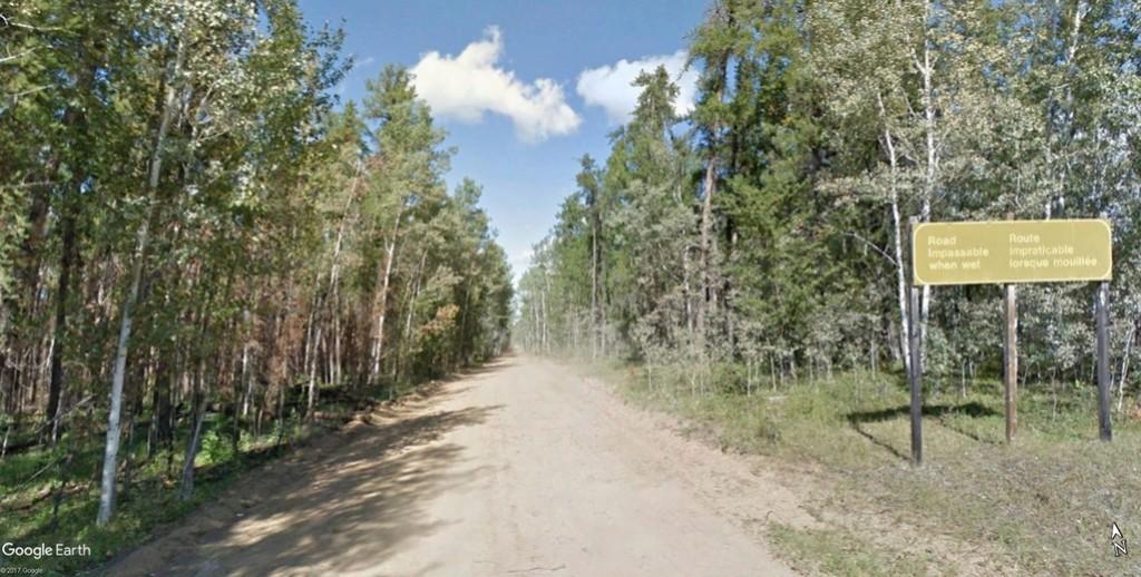 """Street view : """"Dans les Territoires du Nord-Ouest au Canada"""". Route_10"""