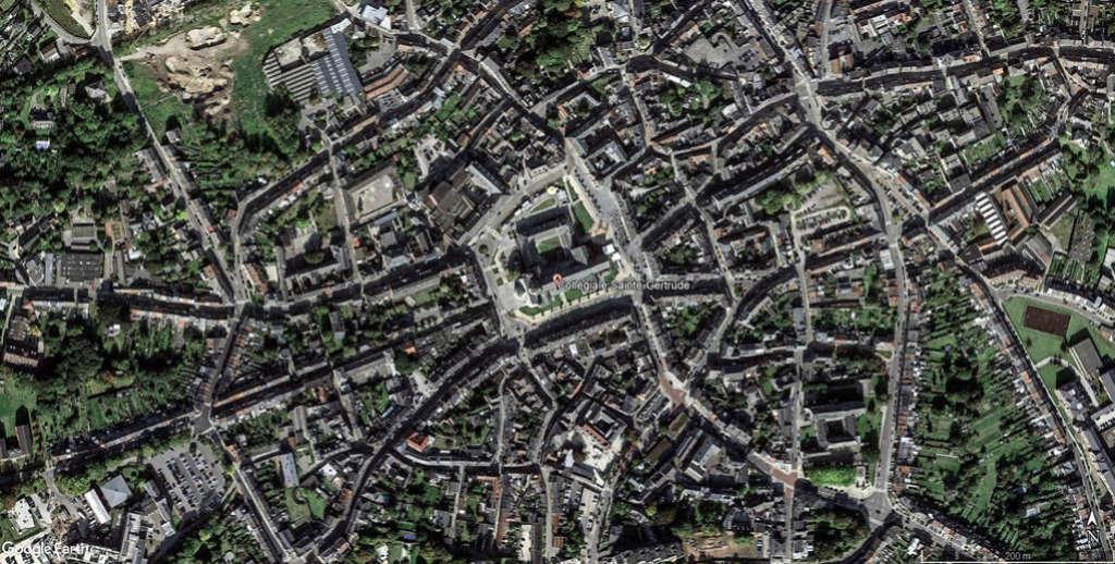 Collégiale Sainte-Gertrude de Nivelles en Belgique. Sainte10