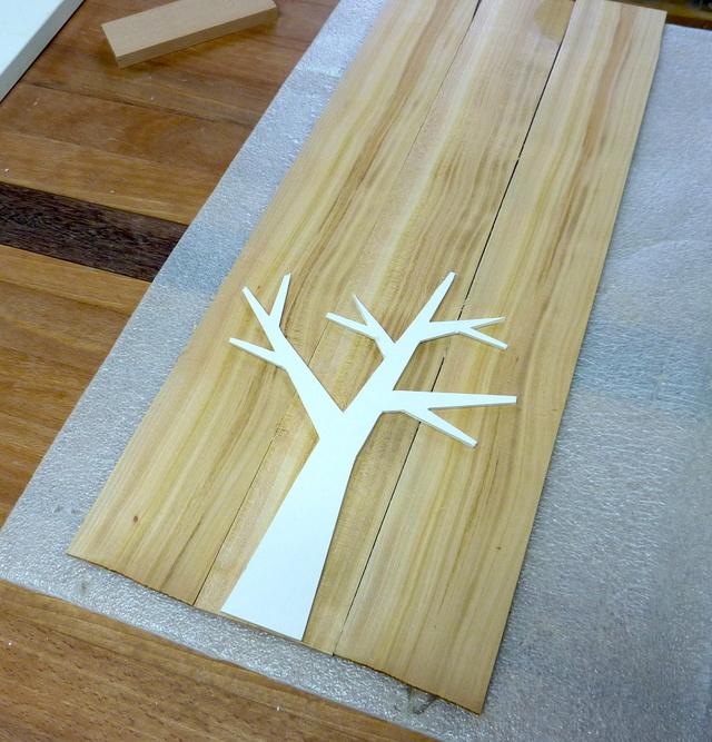 Un arbre à bijoux en tripli cerisier 04arbr10