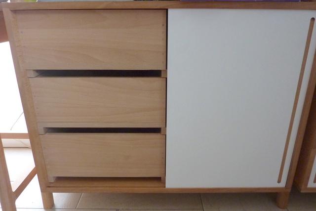 Ensemble bureau/meuble bas/bibliothèque - Page 7 06tiro10
