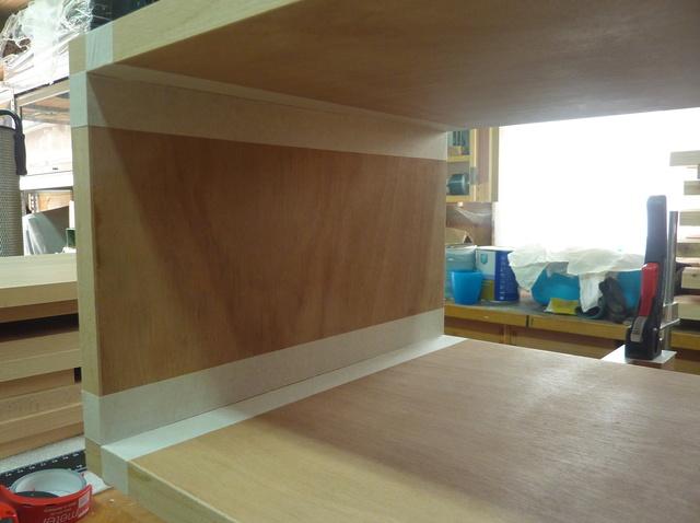 Ensemble bureau/meuble bas/bibliothèque - Page 7 07asse10