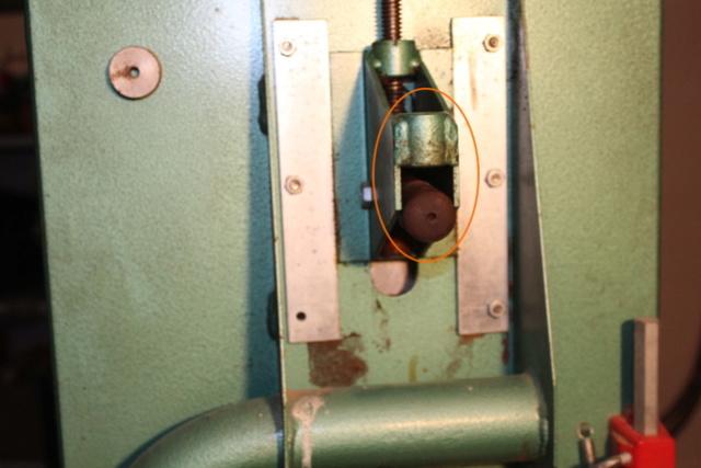 Scie à ruban Kity 612 (petite restauration, j'espère) Img_8310
