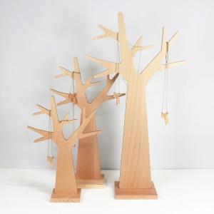 Un arbre à bijoux en tripli cerisier Produc10