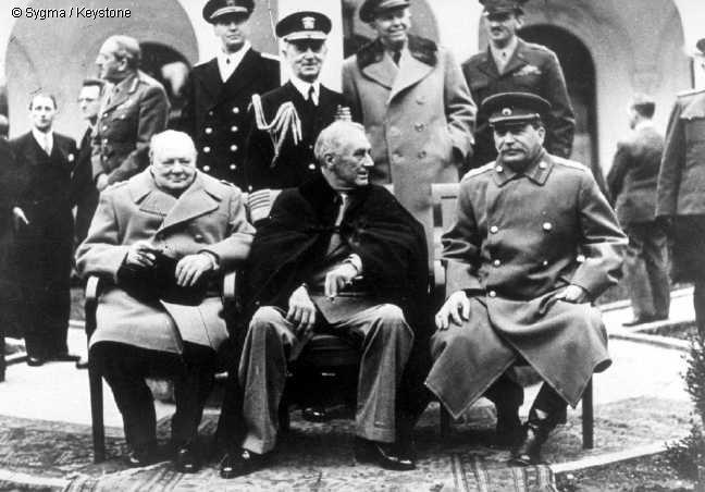 L'anticommunisme euphémisme du fascisme - Page 2 Yalta10
