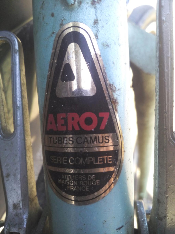 pas du pedalier Sakae sur cadre Aero 7 Img_2010