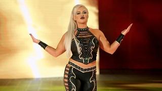 Concours de popularité de fin d'année 2018 (WWE) - Page 5 Dana-b10
