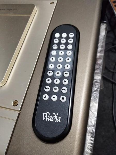 New Wadia remote control  32579910
