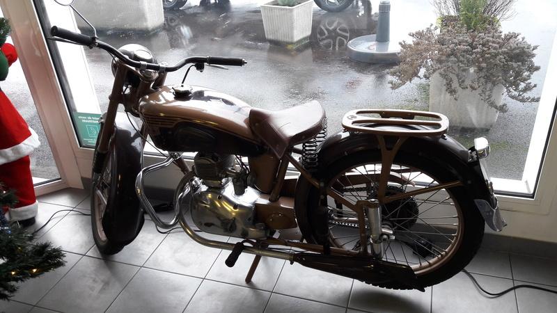 MOTOBECANE D 45 S 1953 20171232