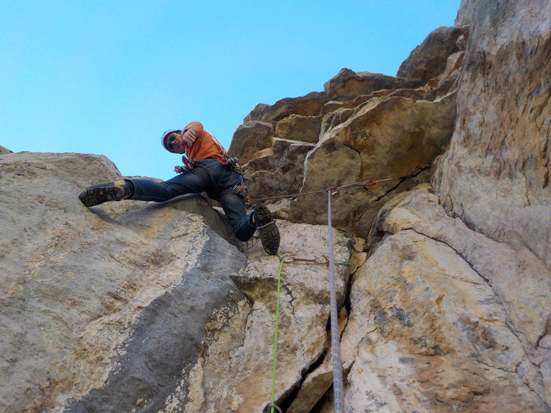 Ouverture d'une grande voie dans les gorges de Saucha Negre Dscn0213