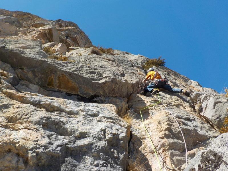 Ouverture d'une grande voie dans les gorges de Saucha Negre Dscn0214