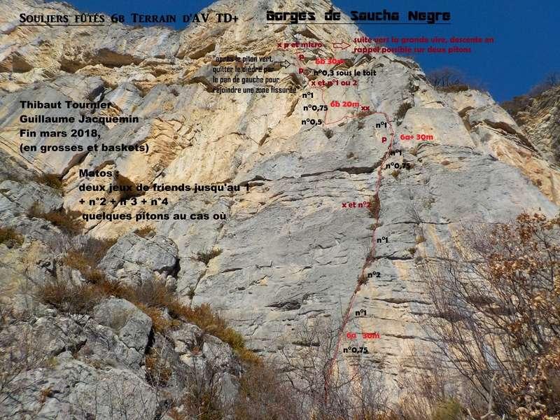 Ouverture d'une grande voie dans les gorges de Saucha Negre Topo_110