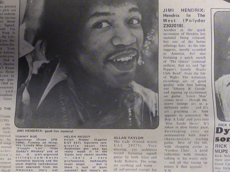 Jimi Hendrix [sujet général] - Page 4 Dsc00411
