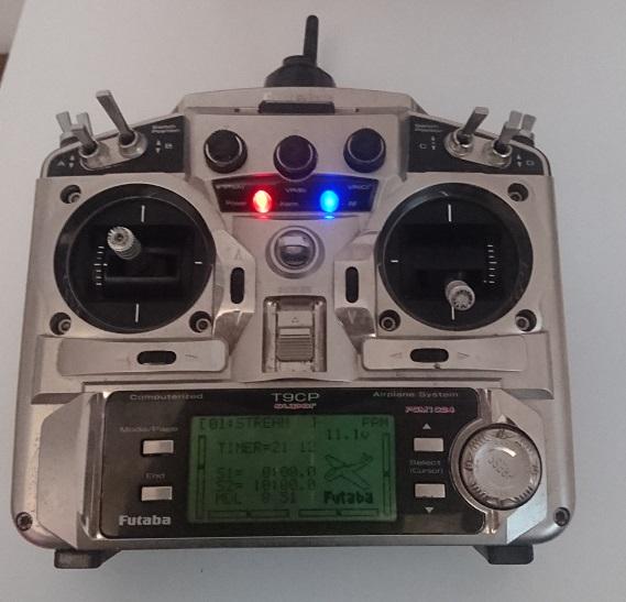 Radio Futaba T9CP Super 2.4 Ghz Dsc_0211