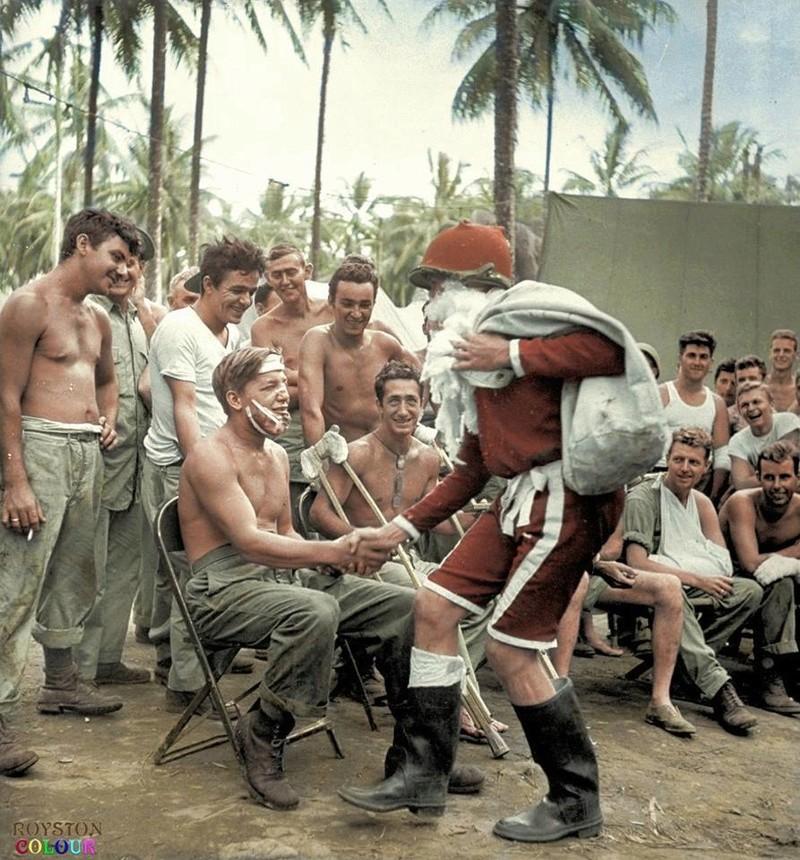 Les Images de la Seconde Guerre Mondiale - Page 18 25659711
