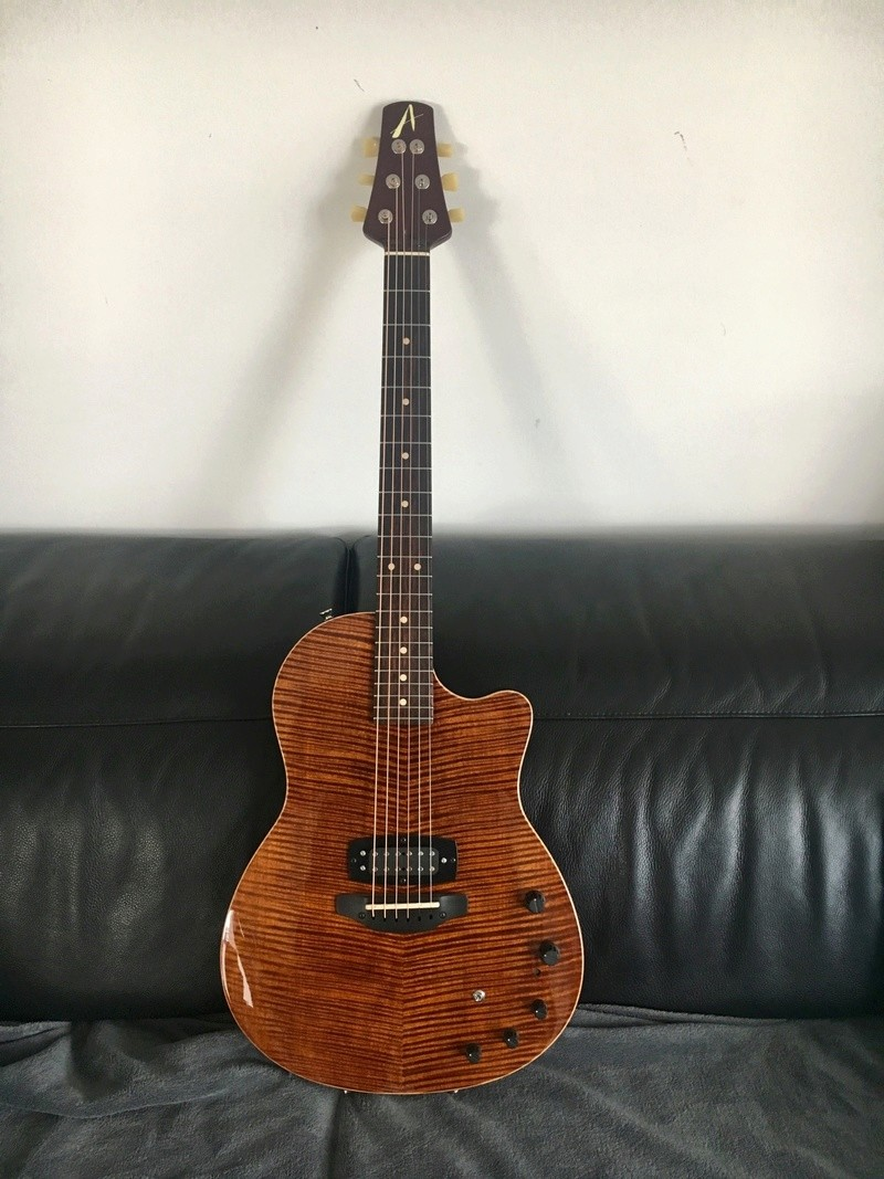 Tom Anderson Crowdster Plus 45e98810
