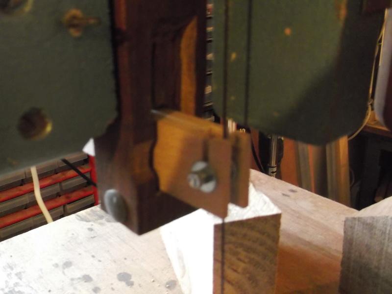 Scie à ruban Holzprofi HBS480.  Dscf2113