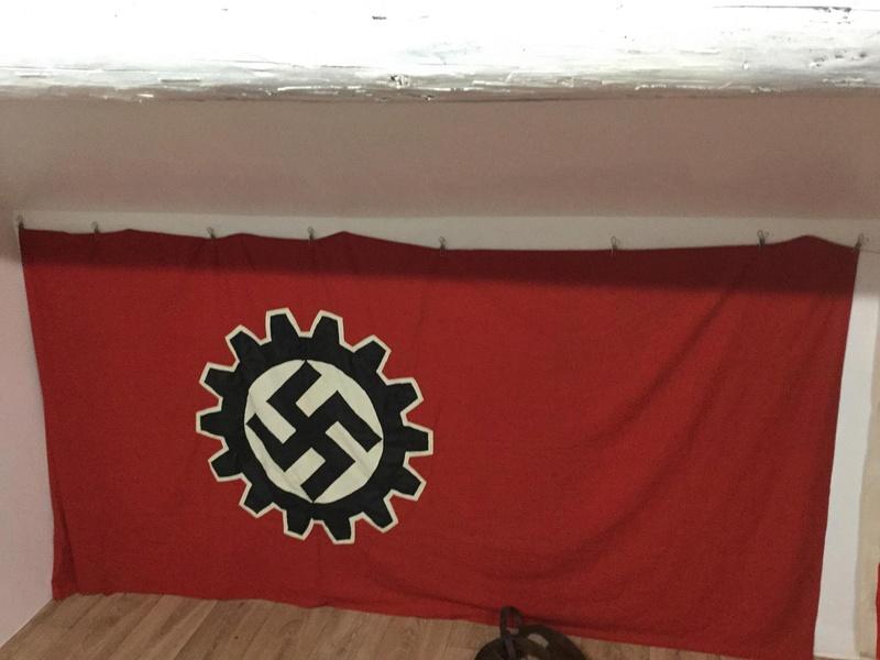 drapeau DAF Receiv10