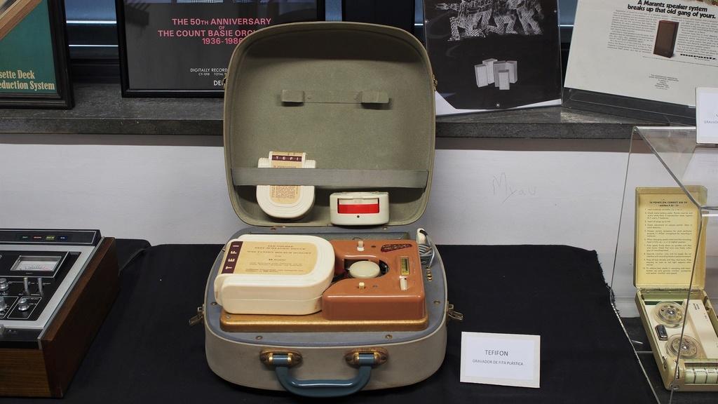 Exposição Audio vintage sala 12 P2031914