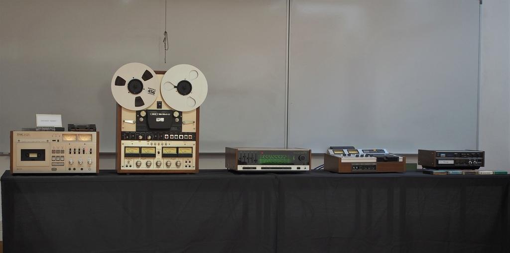 Exposição Audio vintage sala 12 P2031918