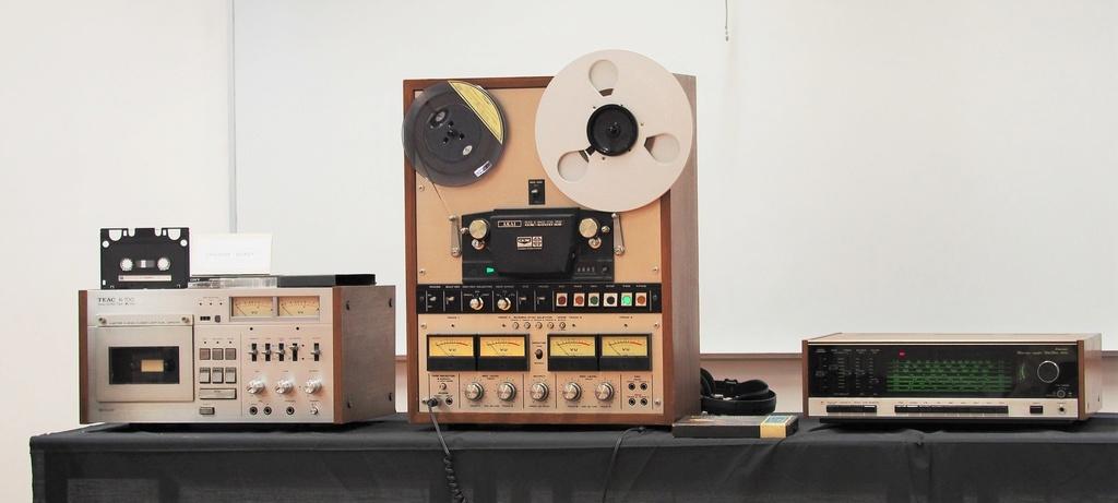 Exposição Audio vintage sala 12 P2032110