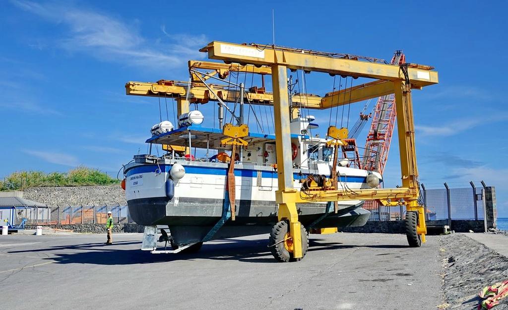 [VIE DES PORTS] Quelques bateaux de pêche (sur nos côtes Françaises) - Page 37 Le_po414