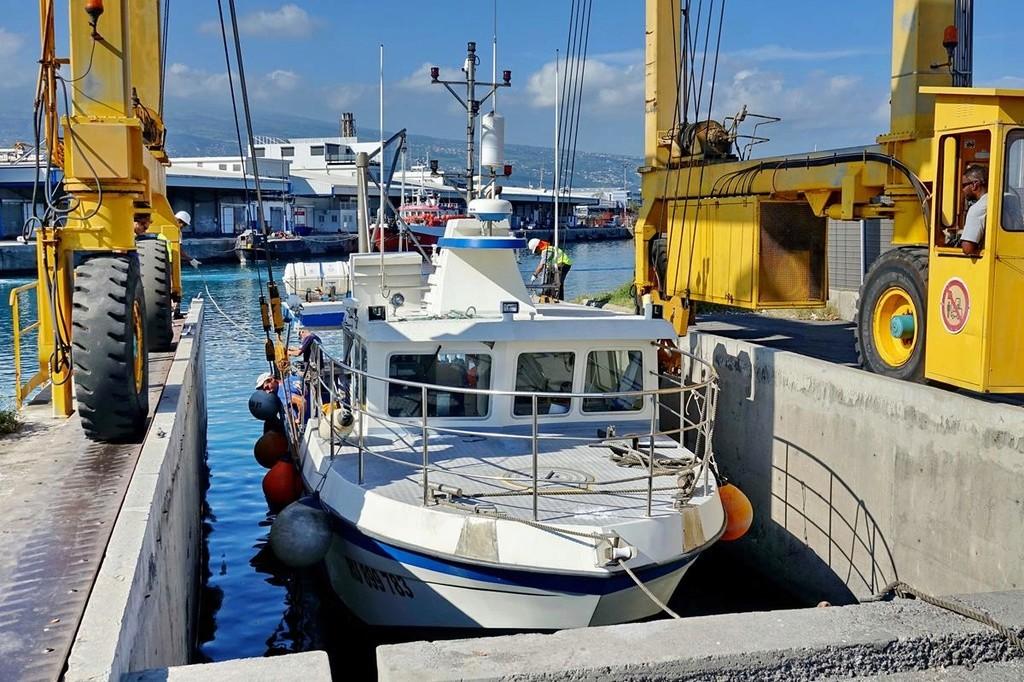 [VIE DES PORTS] Quelques bateaux de pêche (sur nos côtes Françaises) - Page 37 Le_po415