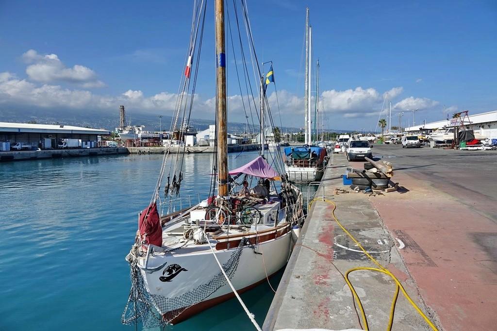 [Vie des ports] Les ports de la Réunion - Page 12 Le_po500