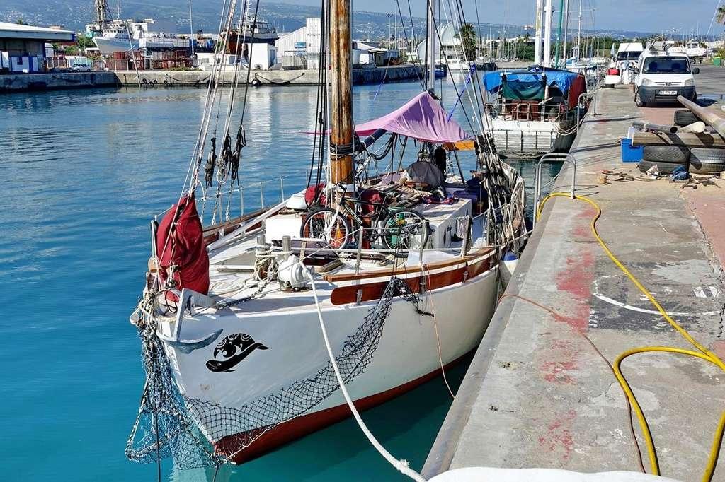 [Vie des ports] Les ports de la Réunion - Page 12 Le_po514