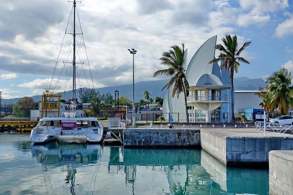 [Vie des ports] Les ports de la Réunion - Page 12 Le_po531