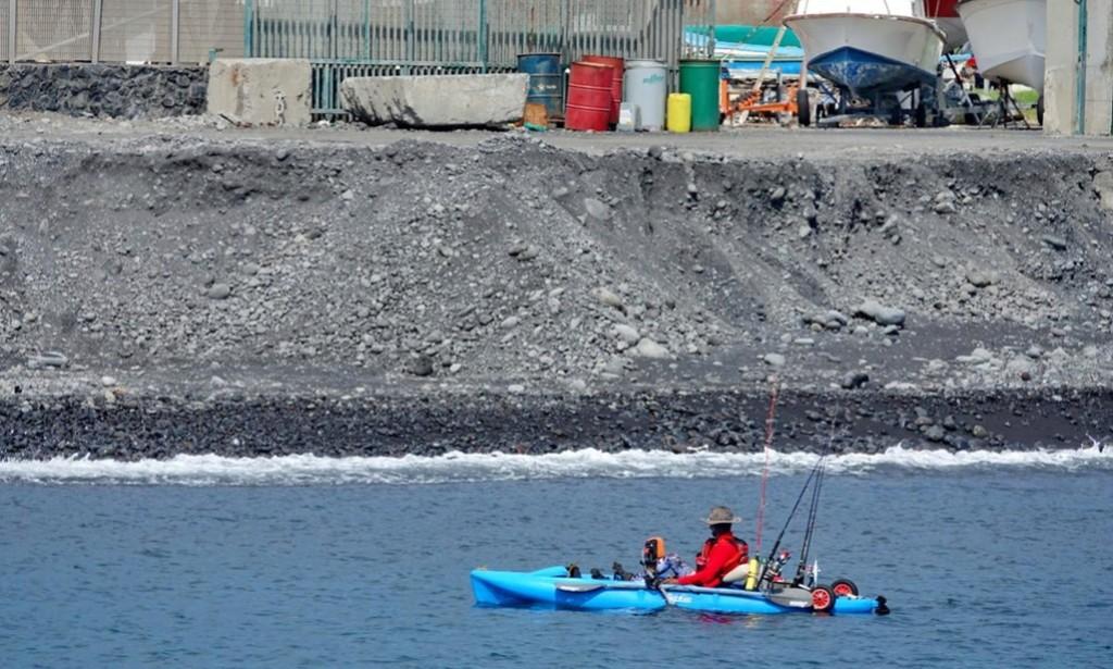 [Vie des ports] Les ports de la Réunion - Page 12 Le_po726