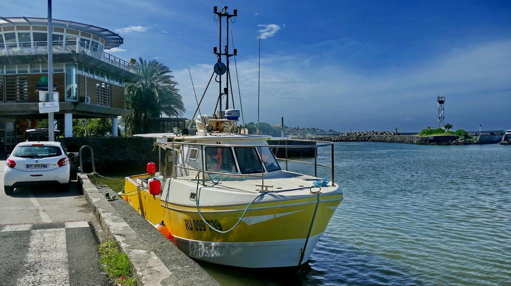 [VIE DES PORTS] Quelques bateaux de pêche (sur nos côtes Françaises) - Page 38 Pana_s10