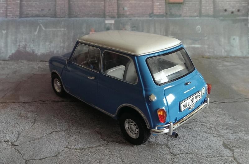 Mini Cooper 998 Mk.I von Revell 1:24 Imag3426