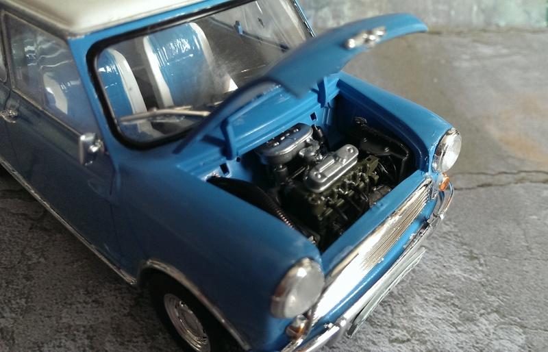 Mini Cooper 998 Mk.I von Revell 1:24 Imag3427