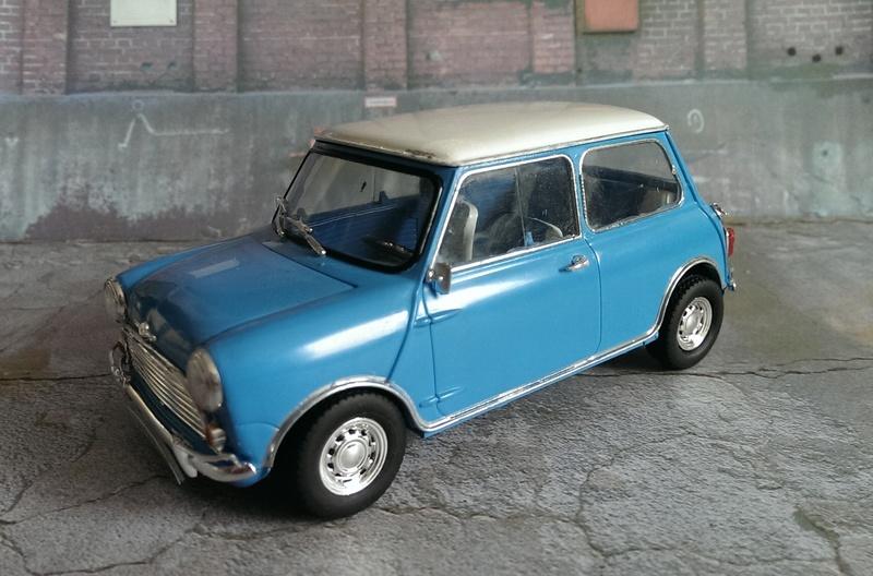 Mini Cooper 998 Mk.I von Revell 1:24 Imag3428