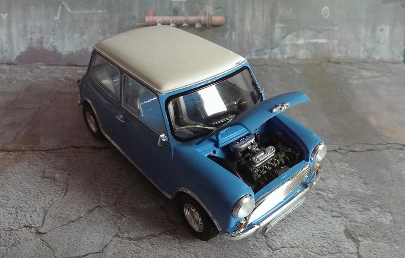 Mini Cooper 998 Mk.I von Revell 1:24 Imag3431