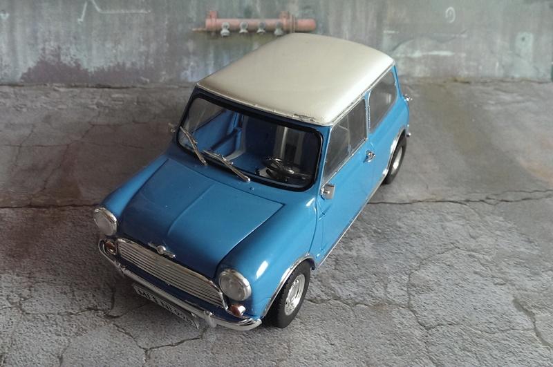 Mini Cooper 998 Mk.I von Revell 1:24 Imag3432